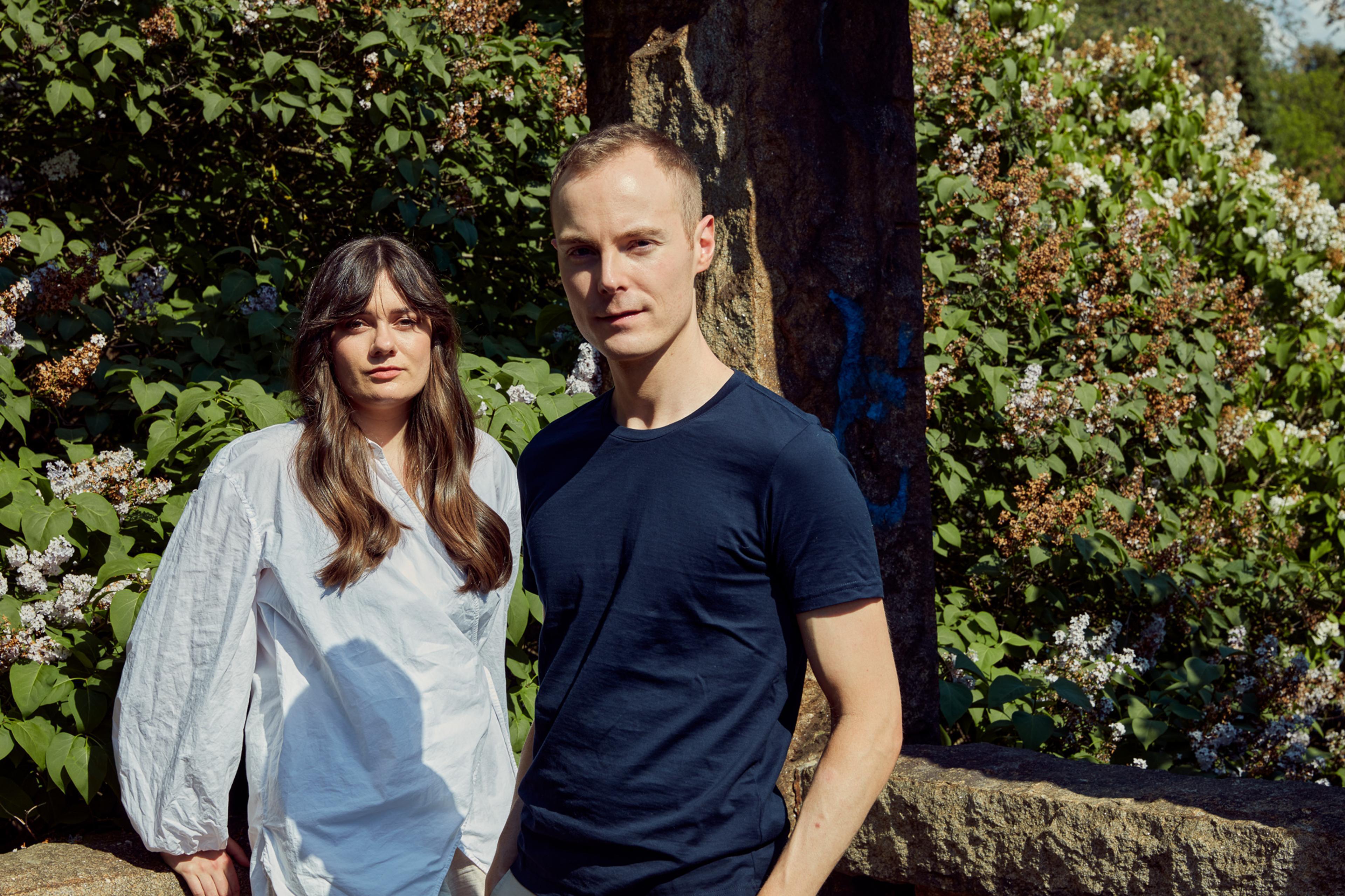 Forfatter Alexander Kielland Krag og artist Emelie Hollow har laget et helt nytt lydunivers sammen.
