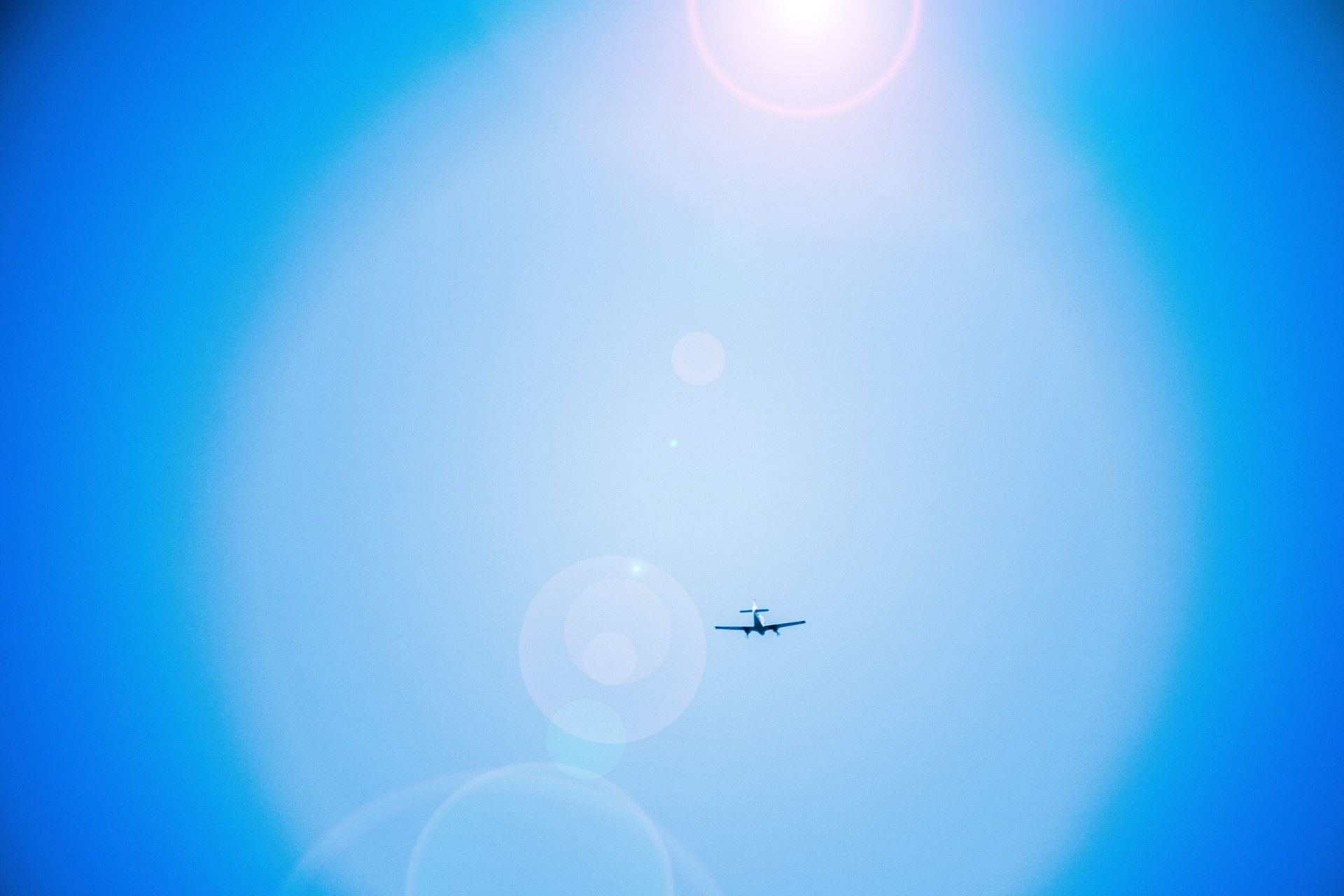 Picture of a plane in the air
