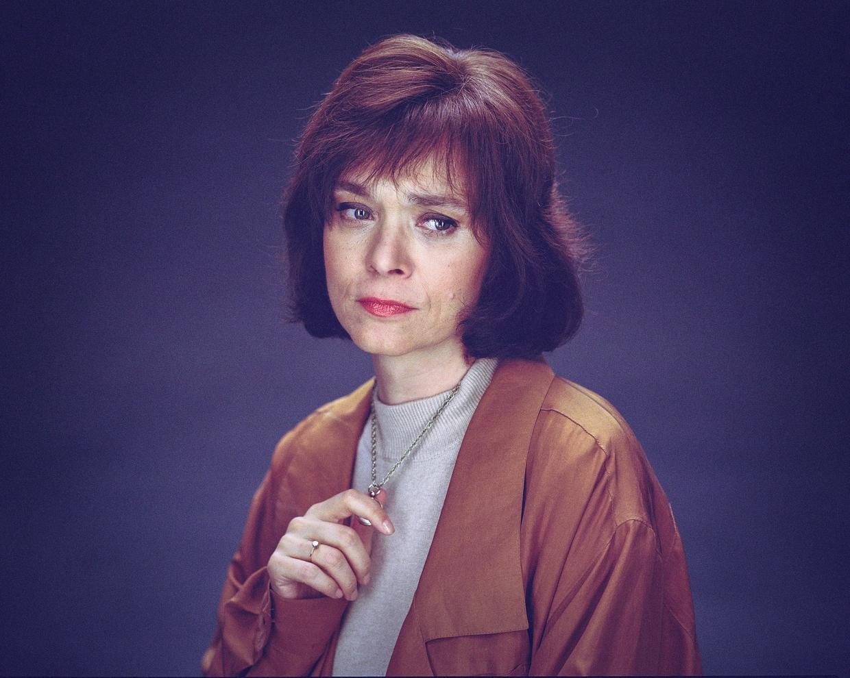 Julia, 1989