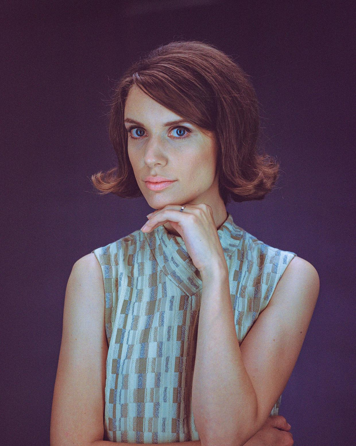 Julia, 1963
