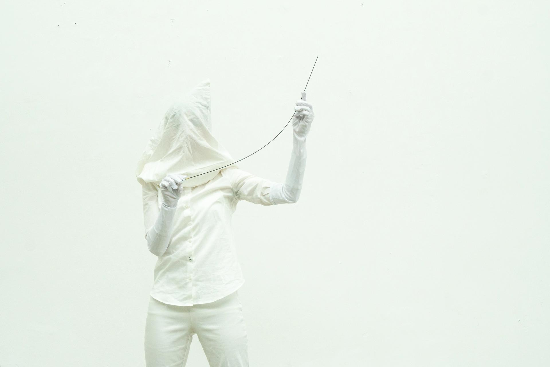 Kensho Miyoshi - Kinaesthetics, White puppeteer