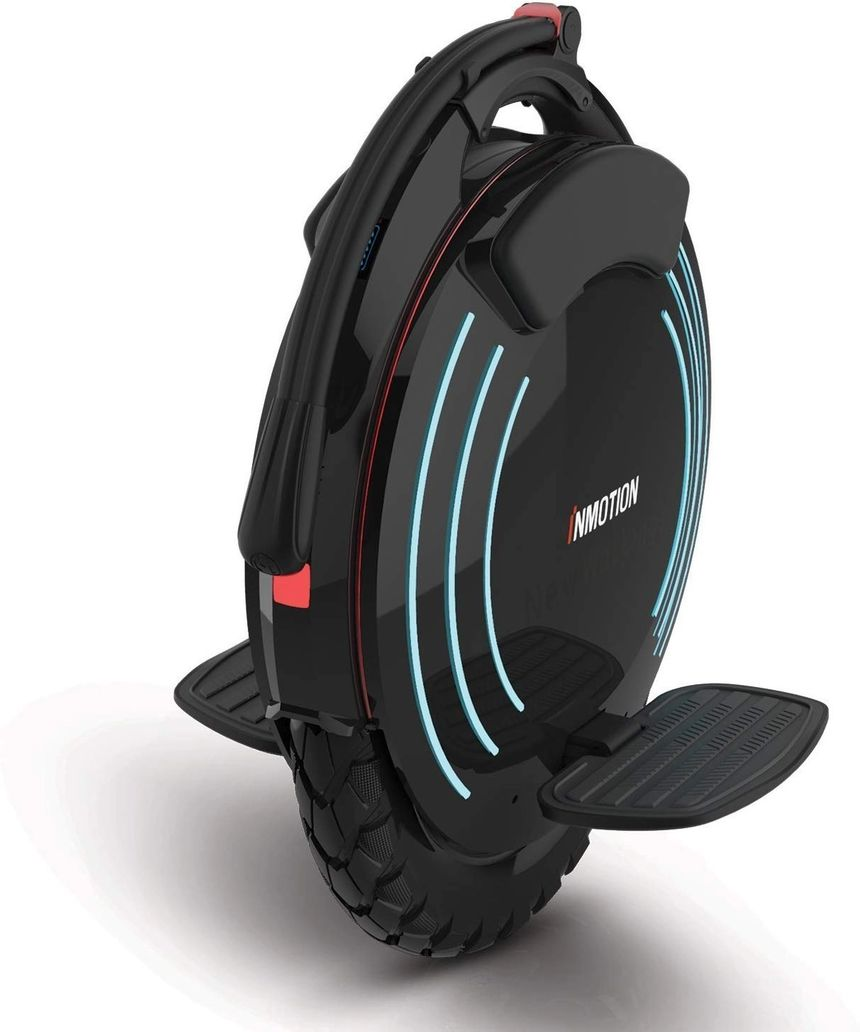 The electric unicycle InMotion V10F seen from the back
