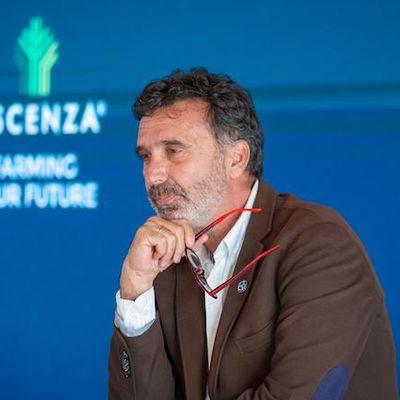 Manuel Valenciano: