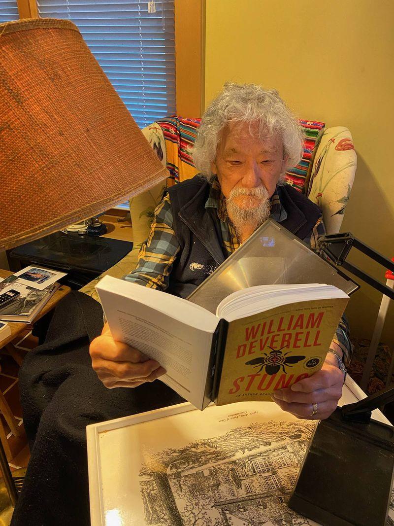 David Suzuki reading Stung