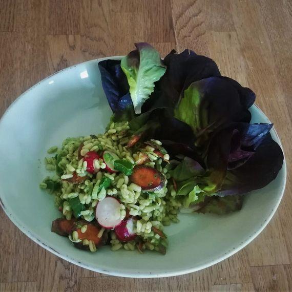 Ebly-Salat mit Radiesliblätter-Dressing