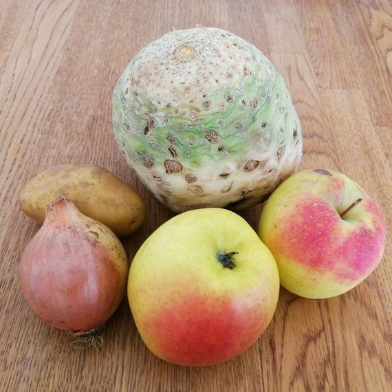 Zutaten Sellerie-Apfel-Suppe