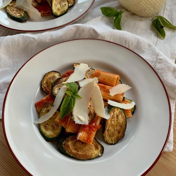 Zutaten Rigatoni alla Norma mit Zucchini