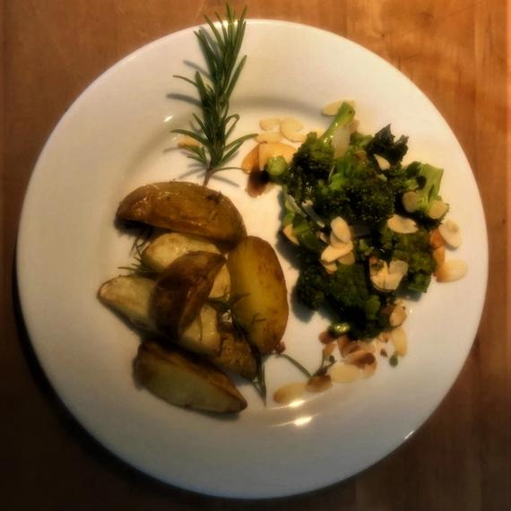 Kräuter-Broccoli mit Mandeln