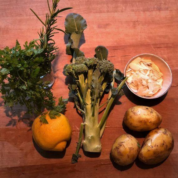 Zutaten Kräuter-Broccoli mit Mandeln