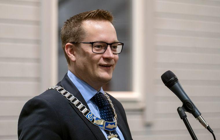 Stjørdal-ordfører Ivar Vigdenes (Sp) er bekymret for sosialutgiftene i kommunen.