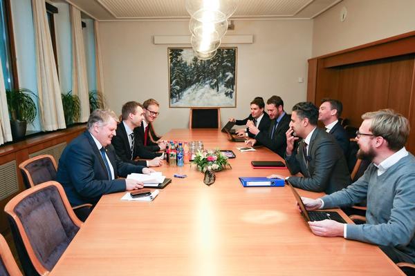 Budsjettforhandlingene mellom KrF og regjeringspartiene startet 10. november