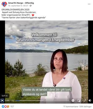 Smartfri Norge var blant arrangørene av Grunnlovsmarsjen. Gruppen mener stråling fra smartmålere og basestasjoner er helsefarlig.