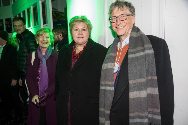 Statsminister Erna Solberg og Bill Gates under World Economic Forum i 2018.