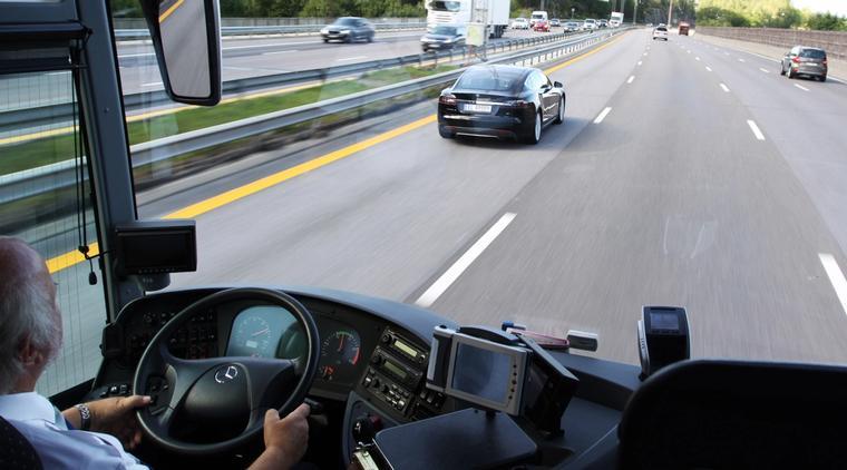 Nav kan gi støtte til kursing og opplæring som bussjåfør.