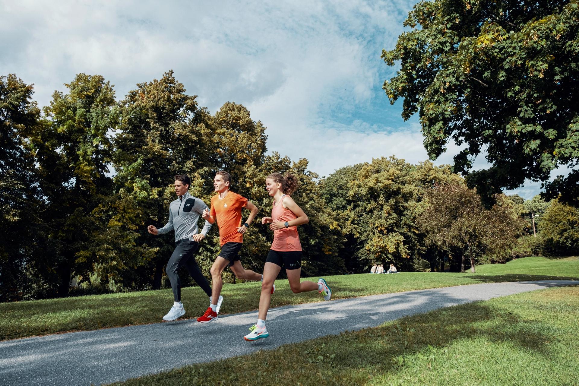 Løpere i parken