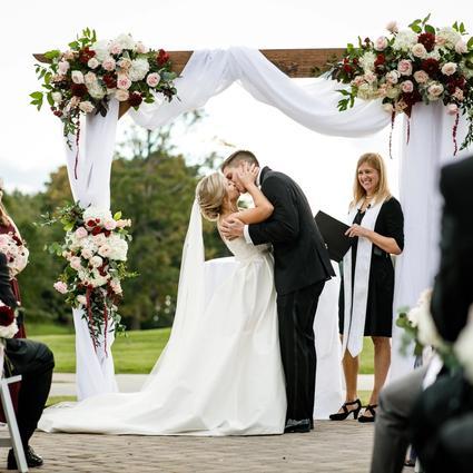 Reynolds Wedding Flower Arrangement Examples