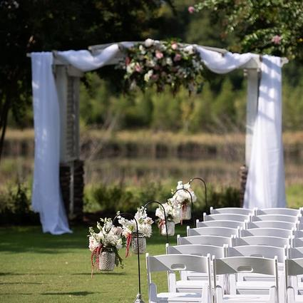 Barrera Wedding Flower Arrangement Examples