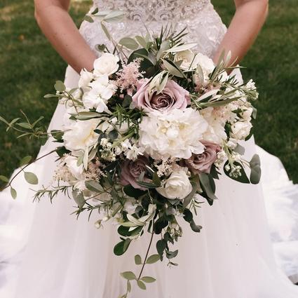 Kelly Wedding Flower Arrangement Examples