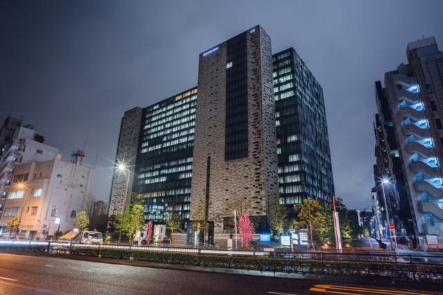 В 2012 году Square Enix переместила свою штаб-квартиру в здание в Синдзюку, где она находится по сей день.   Фотограф: Ирвин Вонг.