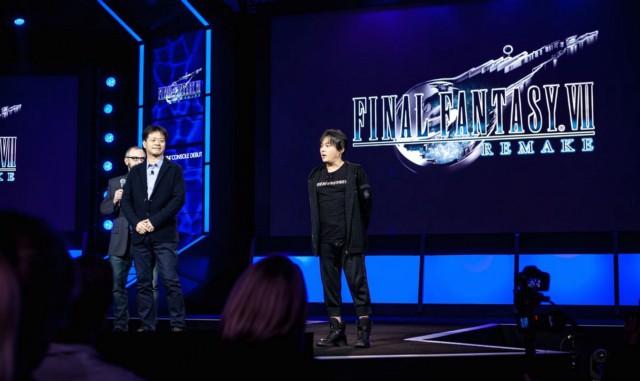 На мероприятии Sony PlayStation Experience в 2015 году продюсер Final Fantasy 7 Remake Йошинори Китасэ и режиссер Тэцуя Номура представили первые общедоступные кадры из игры.   Фотограф: Джонатан Кастильо.