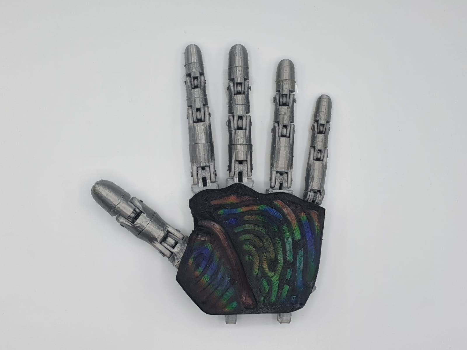 CHROMATACT: Thermochromic Hand by Filipe Magalhaes