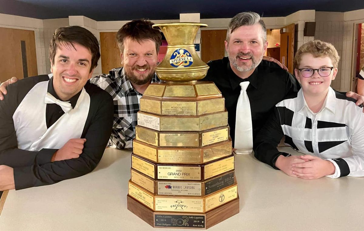 That's the Pointe quartet by their trophy