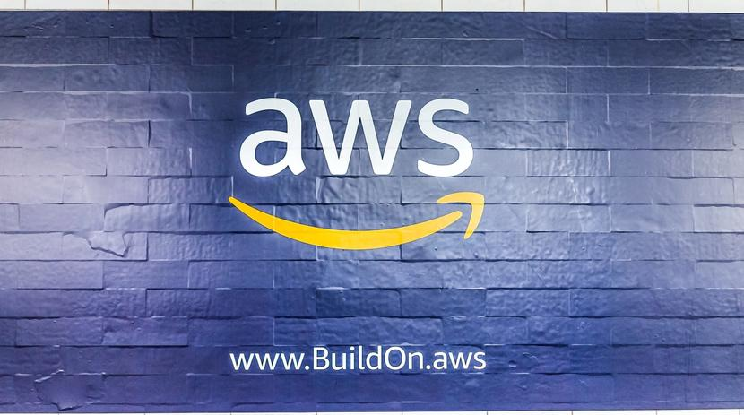 who's using AWS