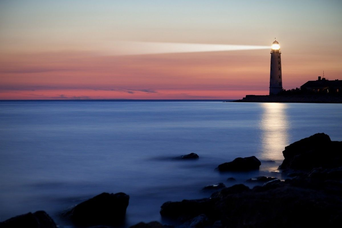Convincing the Business to Go Serverless with an Agile Lighthouse Project