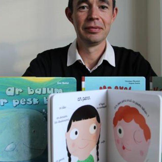 Littérature jeunesse. Les héros préférés des petits parlent breton