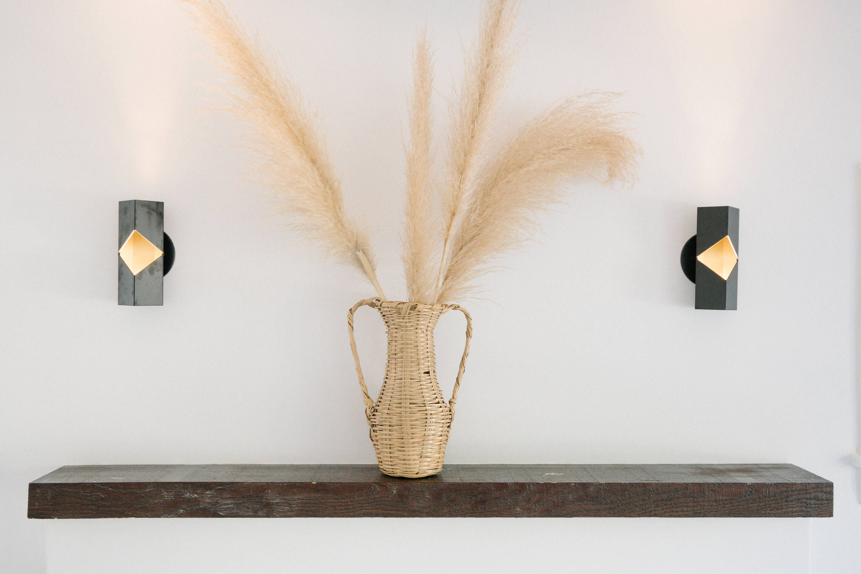 Working Holiday Silver Lake — Los Angeles, CA    Notch sconce, matte black