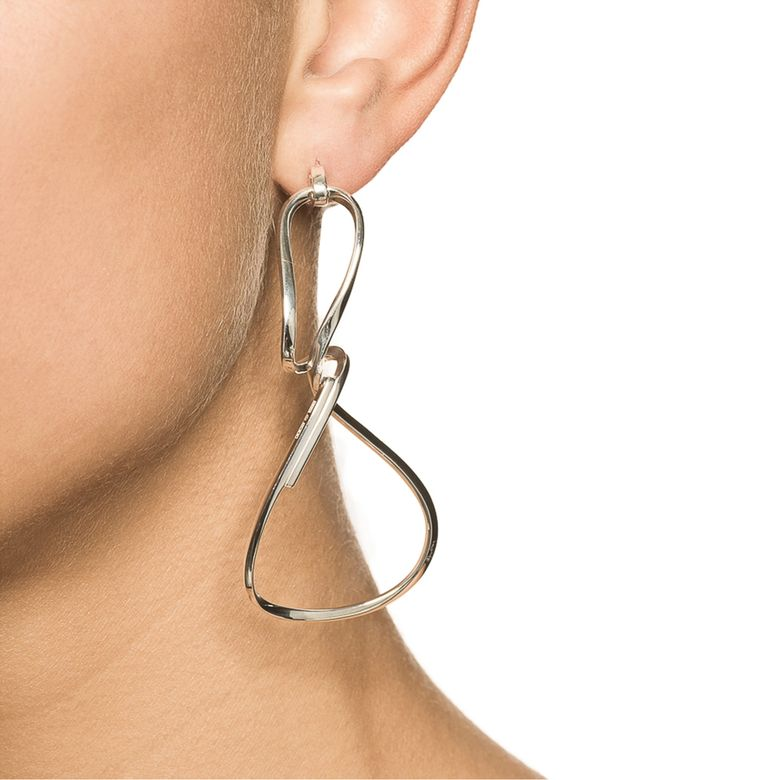 TWISTING EARRINGS