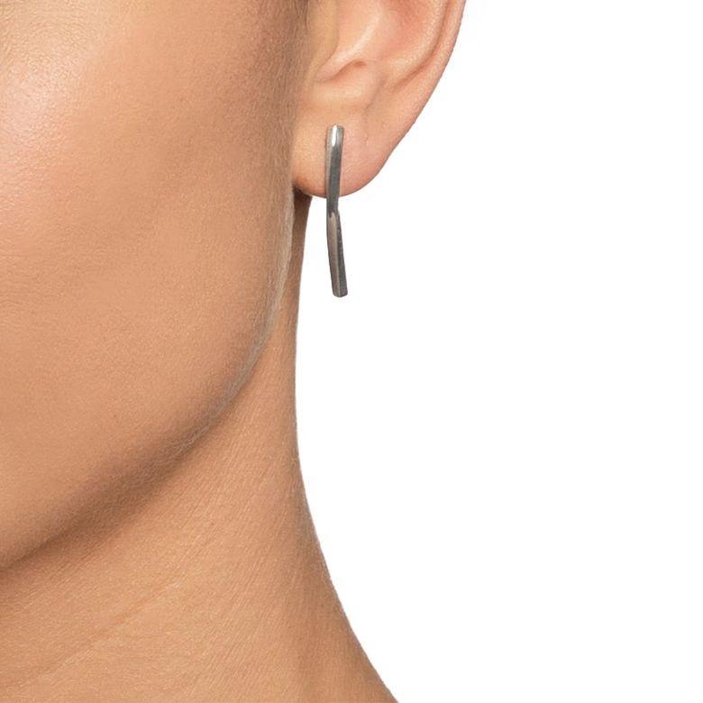 STRENGTH & KINDNESS EAR