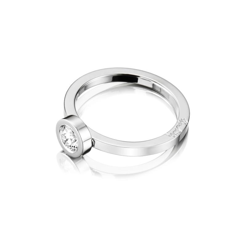 THE WEDDING THIN RING 0.40 CT