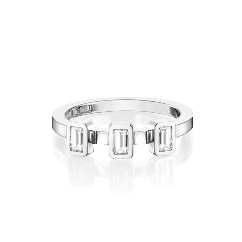 BAGUETTE WEDDING RING 0.30 CT