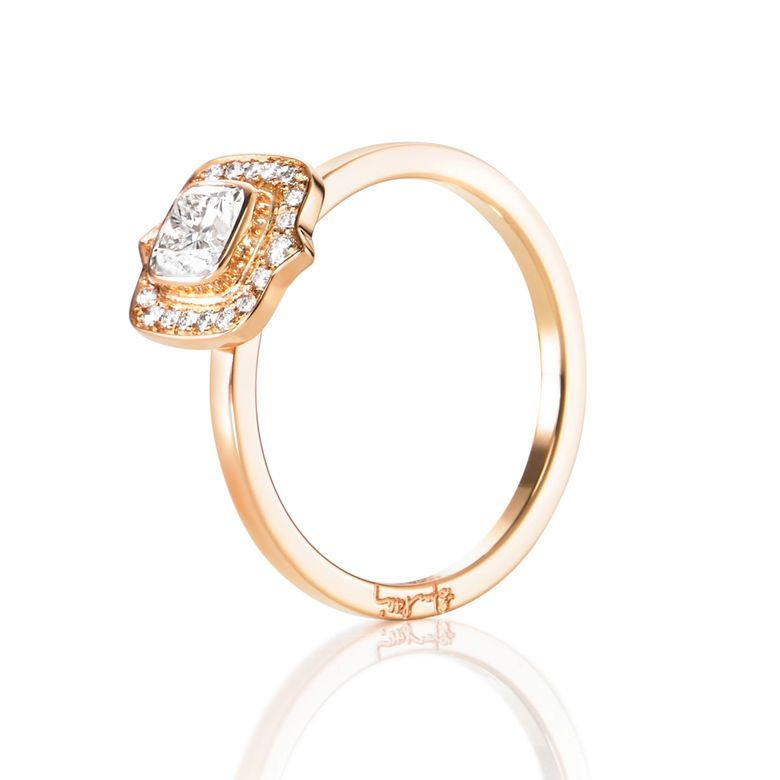 THE MRS RING 0.50 CT