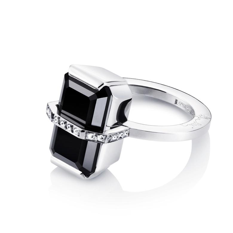 BEND OVER RING - ONYX
