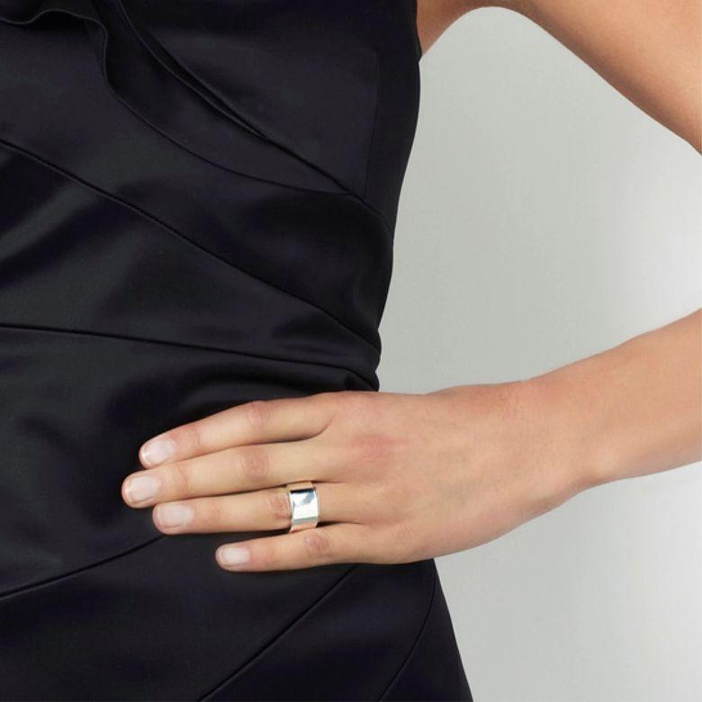 WIDE & SIGNATURE RING