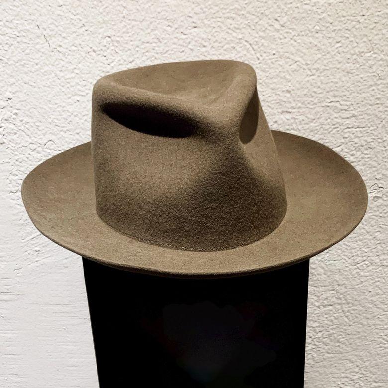 HAT IN THE WIND -  DARK CAMEL