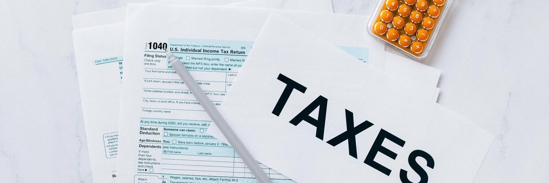 Des documents d'impôts pour la fiscalité de l'assurance-vie