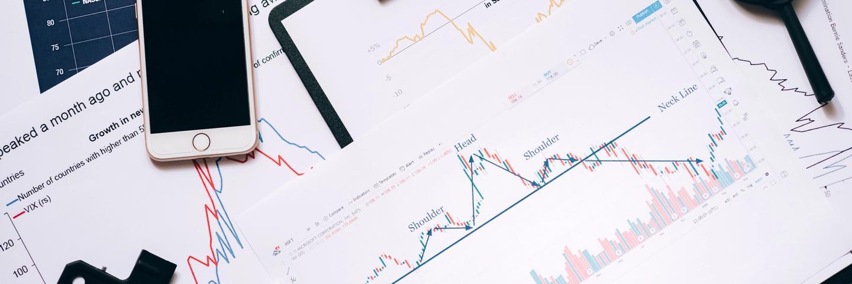 Des graphiques montrant comment investir en bourse