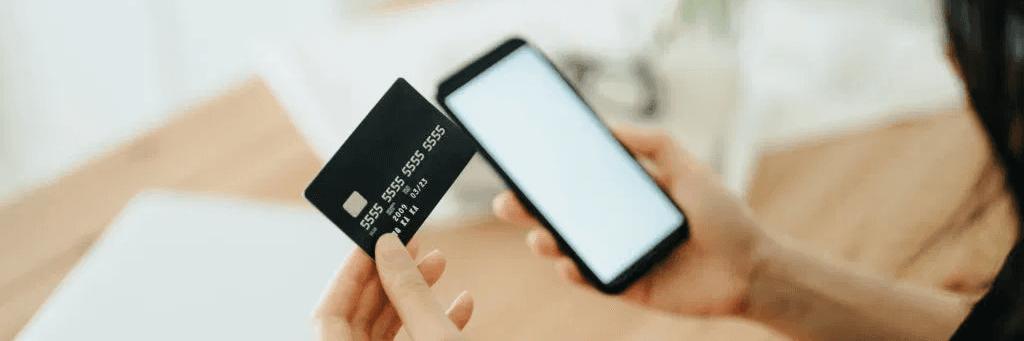 Carte bancaire et application Panorabanques