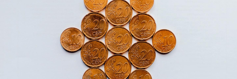 Des pièces de 20 et 10 centimes d'euros
