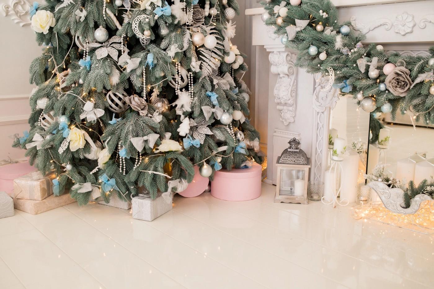 Des cadeaux sous le sapin de Noël