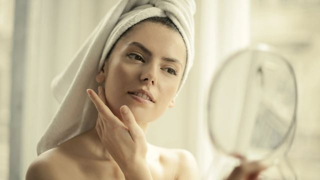 banner for A Close Shave: What Exactly Is Dermaplaning?