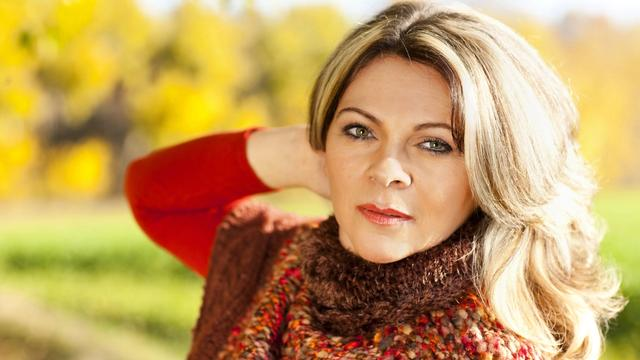 banner for How To Treat Menopause Lips