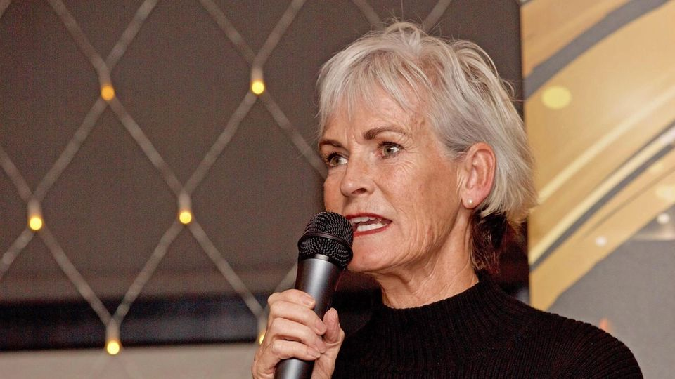 banner for 10 Years Younger: Judy Murray's Non-surgical Facelift