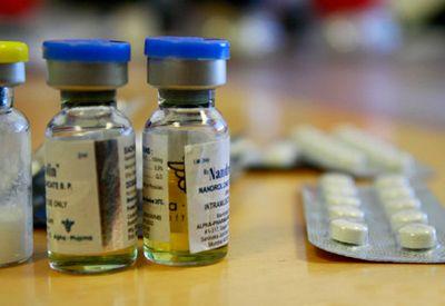 Doping (colourbox.com)