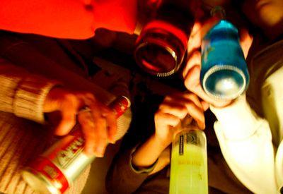 Fest og alkohol (colourbox.com)