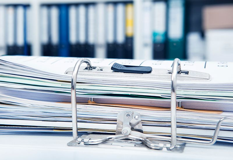 Perm med dokumenter (colourbox.com)