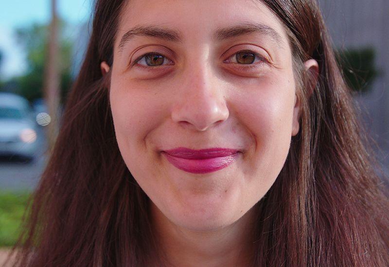 Jente smiler (colourbox.com)